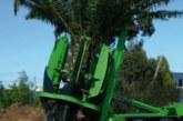 شهرداری با این خودرو فضای سبز باغ رویا را نجات دهد!