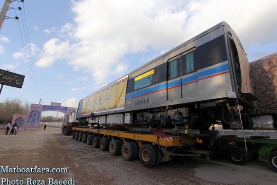 مدیران شهرداری و شورا ی شهر شیراز برای خرید واگن قطار به چین رفتند
