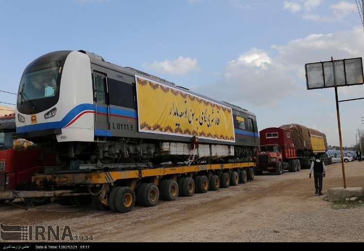 با ورود سومین محموله، تعداد واگنهای مترو شیراز به ۱۵ عدد رسید