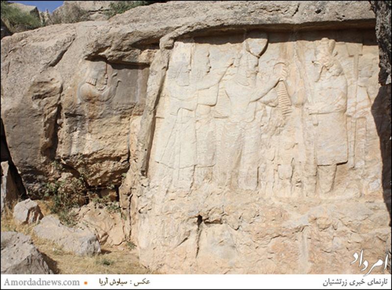 سنگنگاره تاج ستانی اردشیر یکم،بنیادگزار شاهنشاهی ساسانی