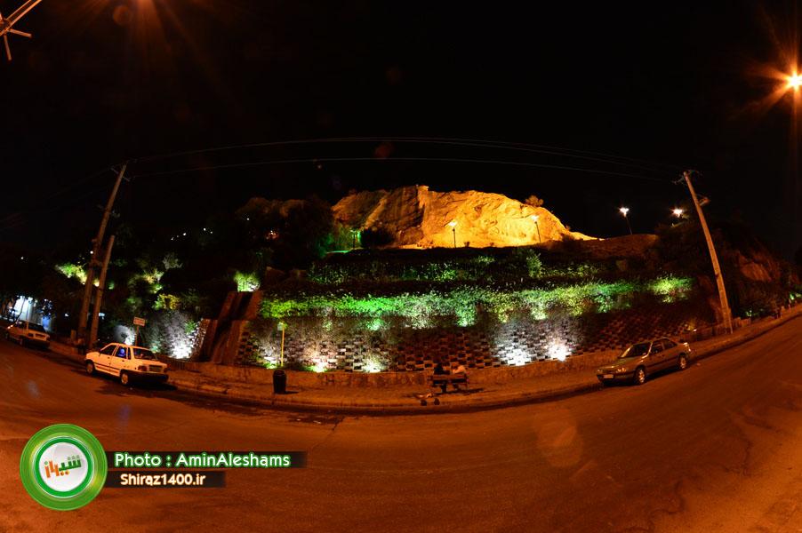 شبی از شبهای شیراز، پارک کوهستانی بوستان