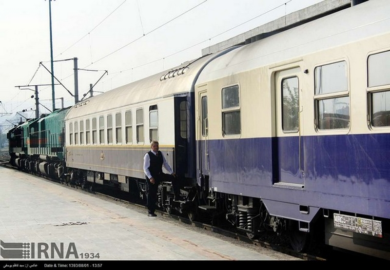 قطار شیراز-مشهد روزانه میشود