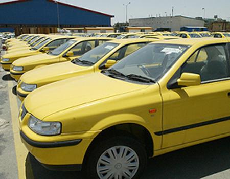 رانندگان تاکسی در قائم شهر از کار دست کشیدند