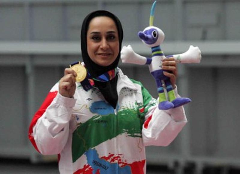 برترین ورزشکار زن آسیا، جایزه خود را دریافت کرد