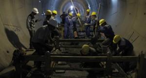 ریل گذاری فاز دوم خط یک قطار شهری شیراز