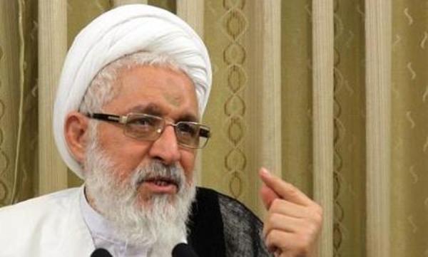 امام جمعه شیراز : هیچ قضاوتی در مورد استاندار جدید فارس نداریم