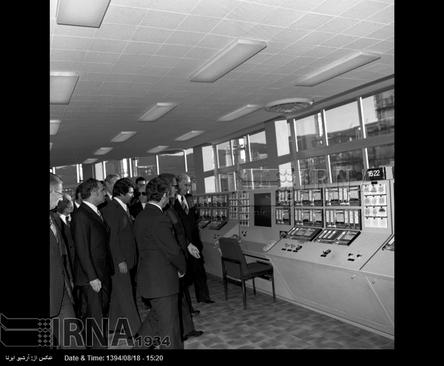 افتتاح پالایشگاه نفت شیراز در سال ۵۲