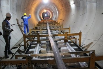 تکمیل ریل گذاری خط یک مترو / آماده سازی ایستگاه شهید آوینی