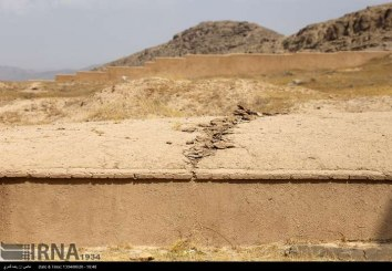 «تخت جمشید» در یک قدمی تخریب