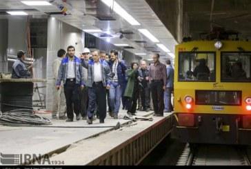 توقف واگنهای مترو شیراز در ایستگاه بی پولی
