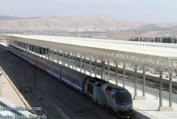 رشد ۹۰۰ درصدی حمل بار در راهآهن استان فارس