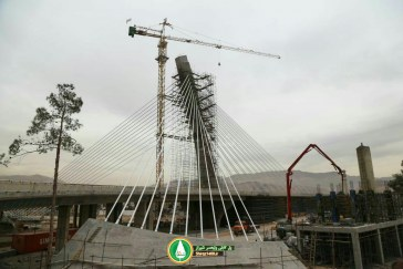 گزارش تصویری : پایان عملیات نصب کابلهای پل کابلی ولیعصر