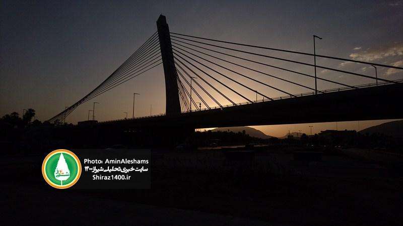 نورپردازی پل کابلی که فراموش شده است