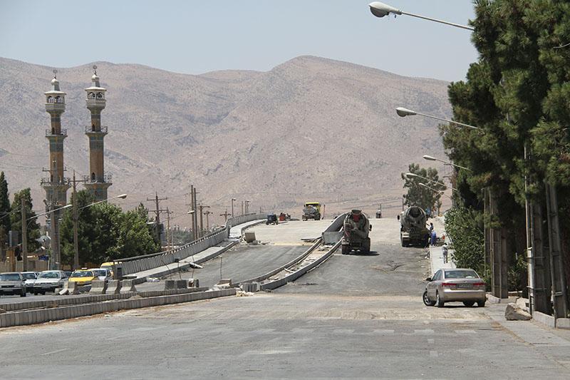 آغاز عملیات اجرایی دو پروژه بزرگراهی در شیراز