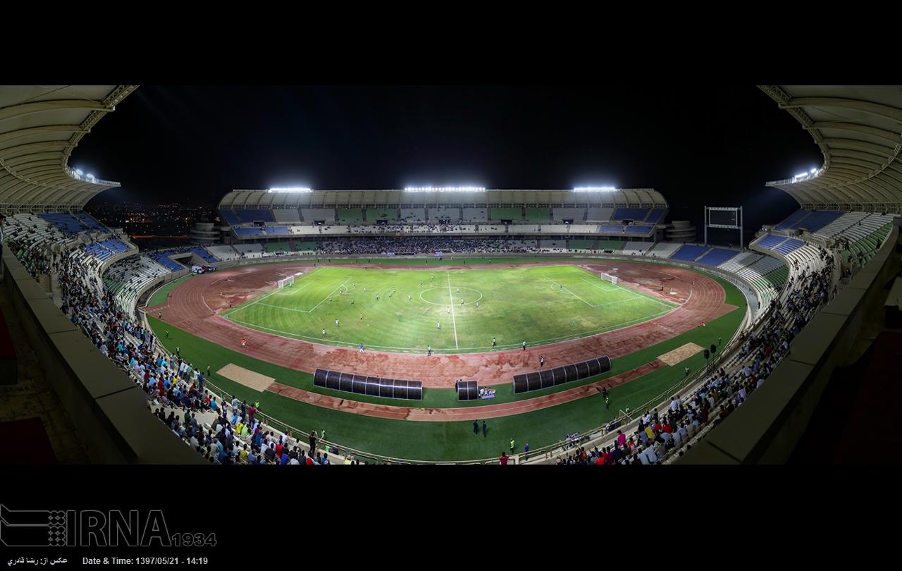 گزارش تصویری : نخستین مسابقه فوتبال در ورزشگاه پارس شیراز