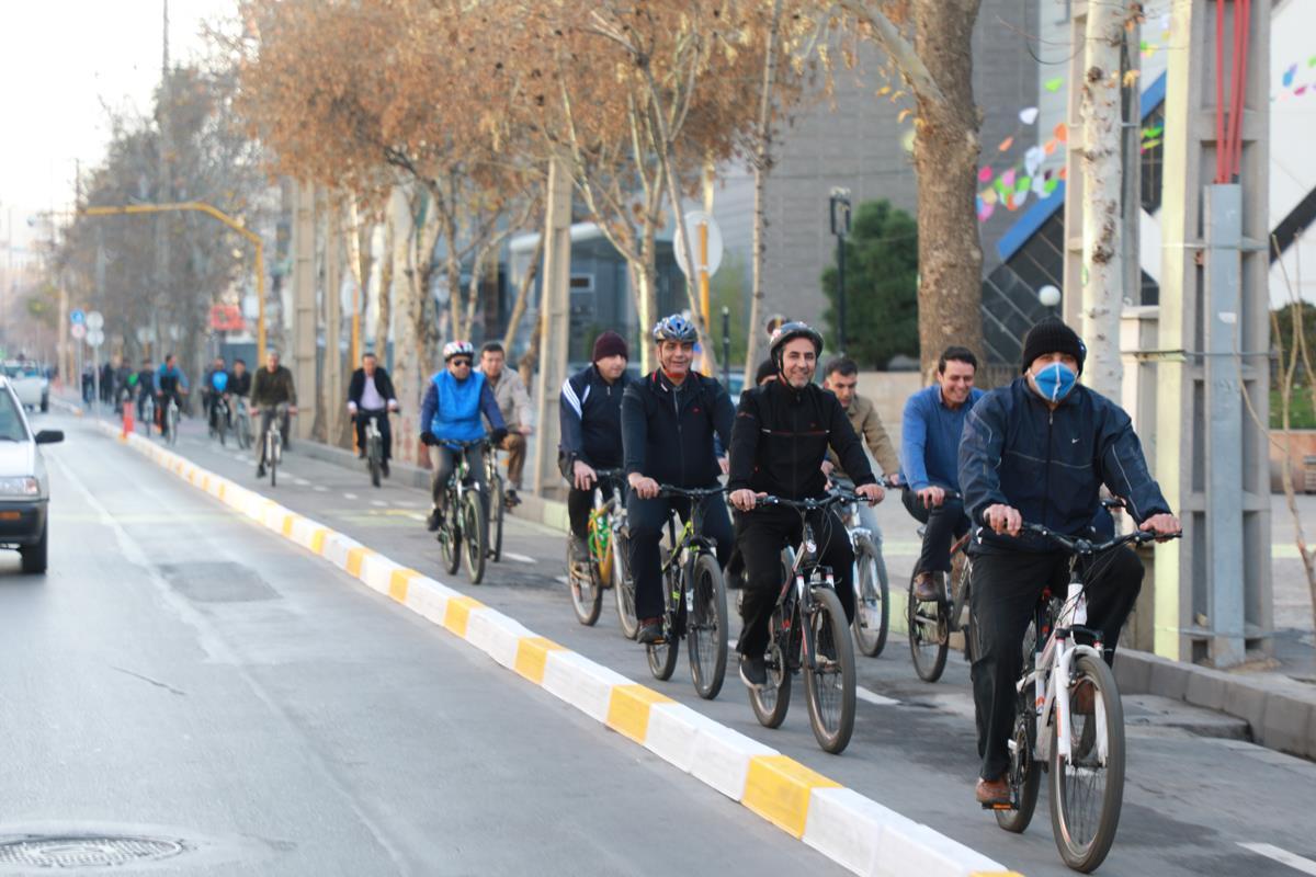 توسعه مسیر حرکت دوچرخه در شیراز/ بخشی از عفیفآباد پیاده راه میشود
