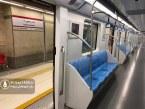 عکس : علامت زنی در مترو شیراز برای رعایت فاصله گذاری اجتماعی