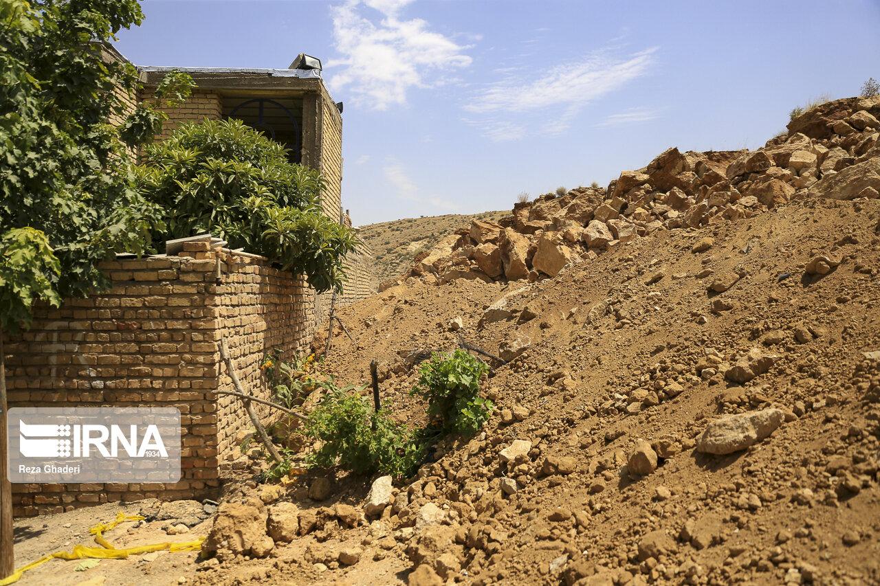 موضوع رانش کوه در منصورآباد شیراز درحال بررسی است