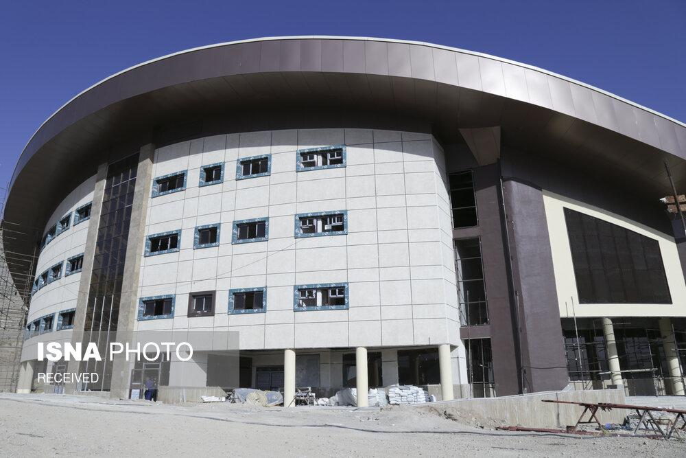 وعده ای دیگر برای افتتاح ورزشگاه ۶ هزار نفری شیراز