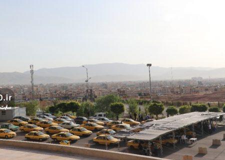 عکس: آغاز اجرای مرحله اول واکسیناسیون رانندگان ناوگان حمل و نقل عمومی شیراز